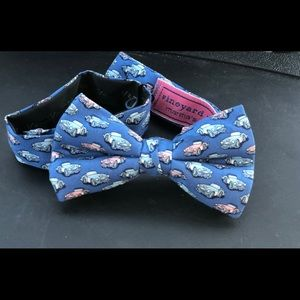 Vineyard Vines boys bow tie